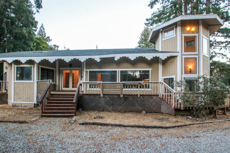 Частный односемейный дом для того Продажа на 9609 Zayante Drive 9609 Zayante Drive Felton, Калифорния 95018 Соединенные Штаты