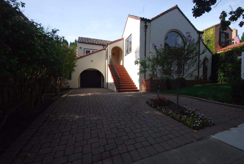 Casa Unifamiliar por un Alquiler en 1405 Drake Avenue 1405 Drake Avenue Burlingame, California 94010 Estados Unidos