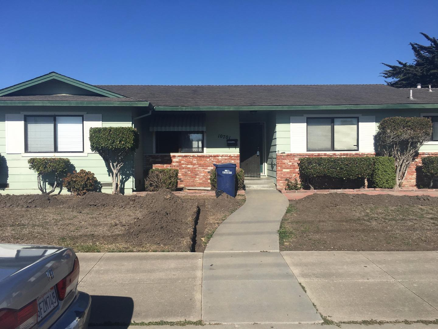 Single Family Home for Sale at 10701 Seymour Street 10701 Seymour Street Castroville, California 95012 United States