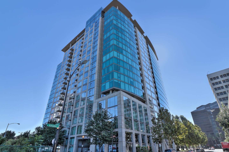 Condominio por un Venta en 38 N Almaden Boulevard 38 N Almaden Boulevard San Jose, California 95110 Estados Unidos