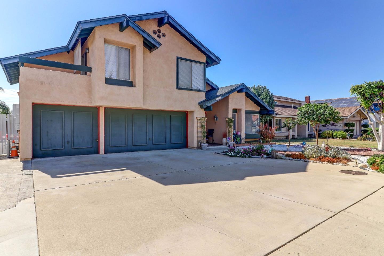 واحد منزل الأسرة للـ Sale في 1174 Baseline Road 1174 Baseline Road La Verne, California 91750 United States