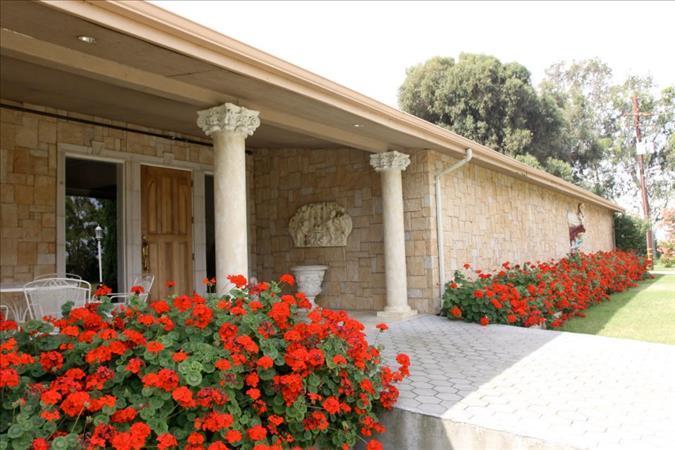 واحد منزل الأسرة للـ Sale في 19900 Sherman Island Cross Road 19900 Sherman Island Cross Road Rio Vista, California 94571 United States