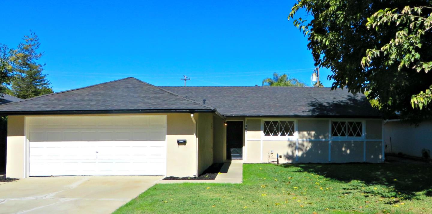 Single Family Home for Sale at 1407 Hales Drive 1407 Hales Drive Gustine, California 95322 United States