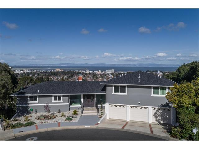 Casa Unifamiliar por un Alquiler en 12 Belvedere Court 12 Belvedere Court Burlingame, California 94010 Estados Unidos