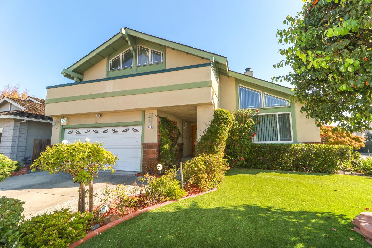 Single Family Home for Rent at 600 Sandy Hook Court 600 Sandy Hook Court Foster City, California 94404 United States