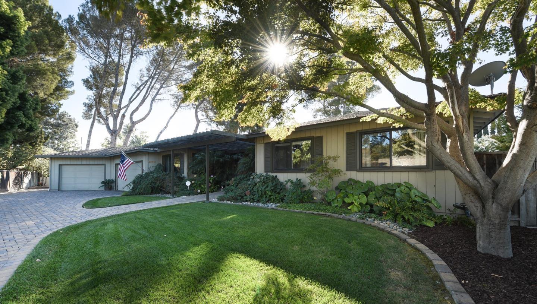 Single Family Home for Sale at 2620 Tuliptree Lane 2620 Tuliptree Lane Santa Clara, California 95051 United States