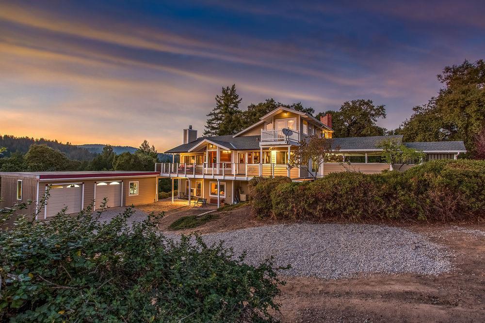 واحد منزل الأسرة للـ Sale في 240 Buck Knoll Road 240 Buck Knoll Road Boulder Creek, California 95006 United States
