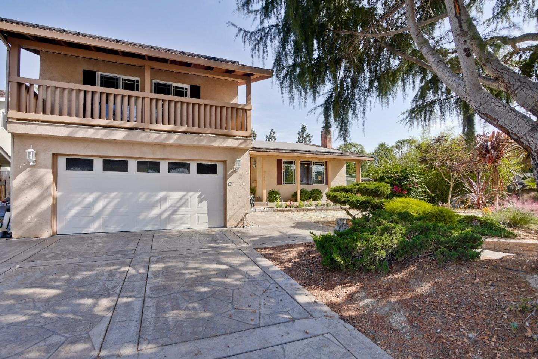 Maison unifamiliale pour l Vente à 737 Chopin Drive 737 Chopin Drive Sunnyvale, Californie 94087 États-Unis
