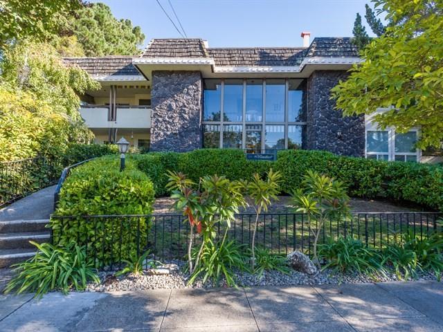 Condominium for Sale at 257 Arlington Road 257 Arlington Road Redwood City, California 94062 United States