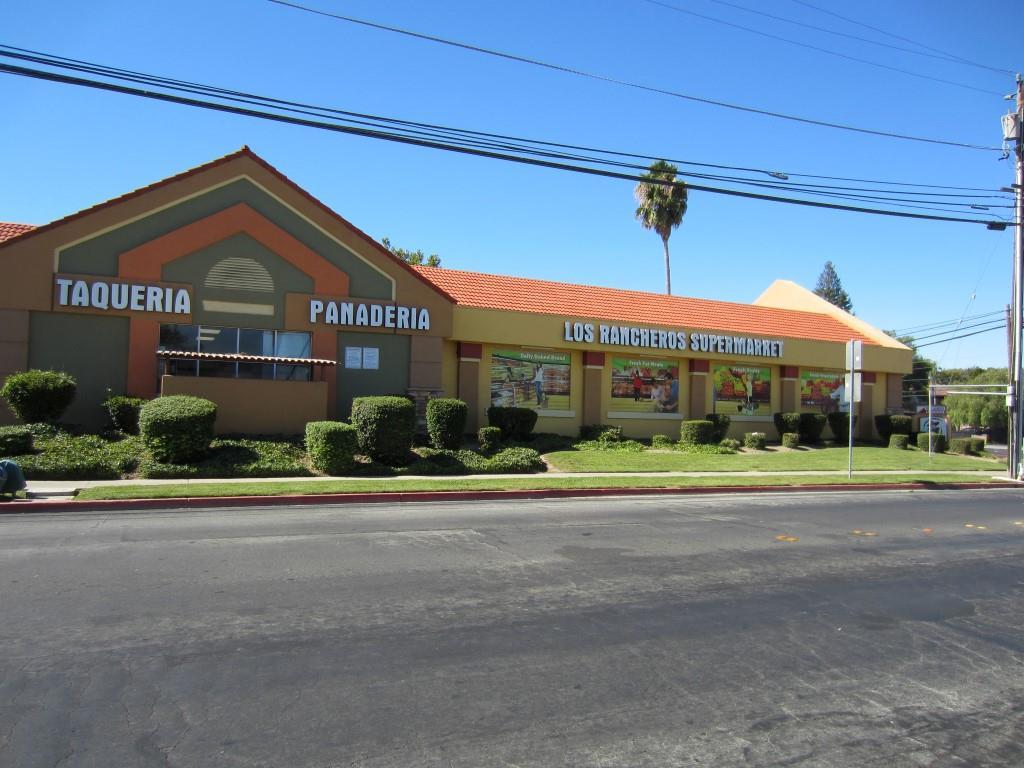 Comercial por un Venta en 1099 Reganti Drive 1099 Reganti Drive Concord, California 94518 Estados Unidos