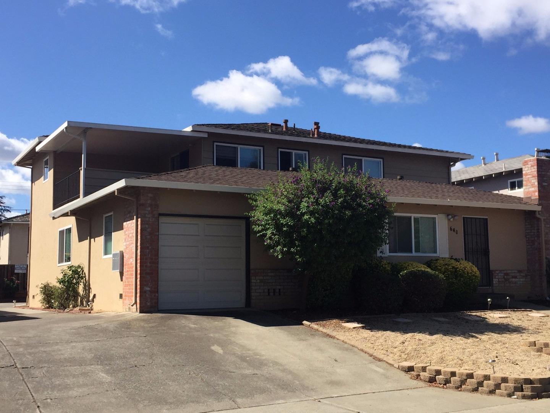 Многосемейный дом для того Продажа на 640 Arbutus Avenue 640 Arbutus Avenue Sunnyvale, Калифорния 94086 Соединенные Штаты