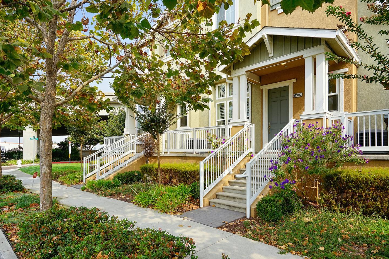 多棟聯建住宅 為 出售 在 22500 Amador Street 22500 Amador Street Hayward, 加利福尼亞州 94541 美國