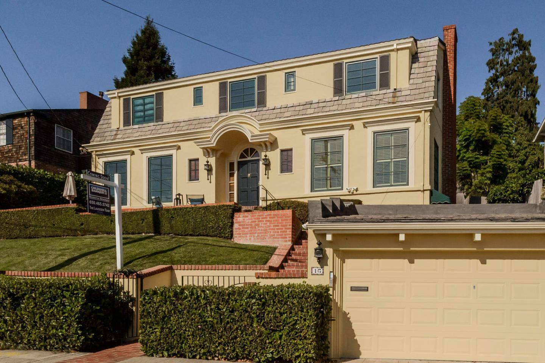 Частный односемейный дом для того Продажа на 16 Alta Avenue 16 Alta Avenue Piedmont, Калифорния 94611 Соединенные Штаты