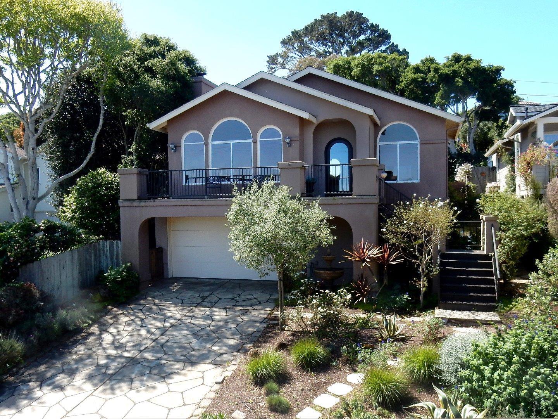 Casa Unifamiliar por un Venta en 1025 Jewell Avenue 1025 Jewell Avenue Pacific Grove, California 93950 Estados Unidos