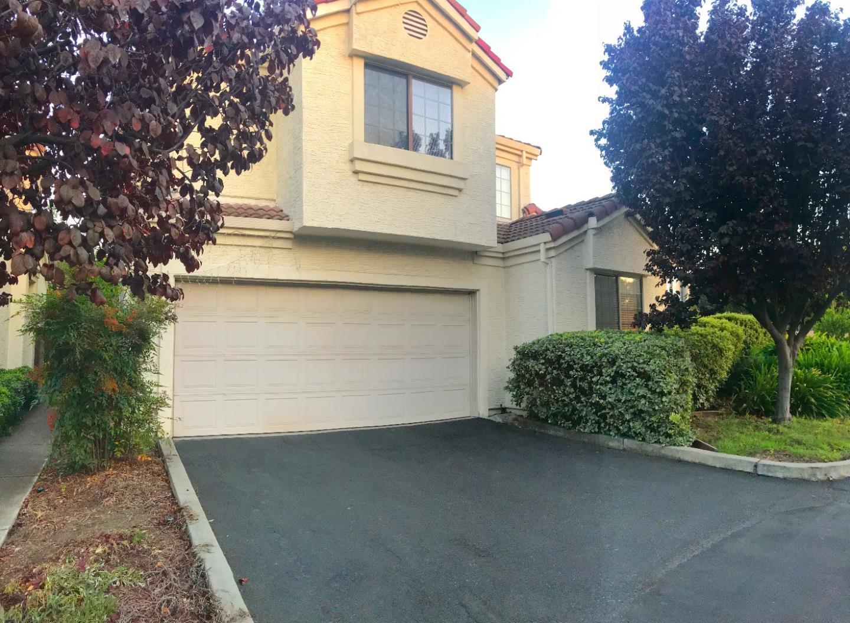 Maison unifamiliale pour l à louer à 1035 Sitka Terrace 1035 Sitka Terrace Sunnyvale, Californie 94086 États-Unis