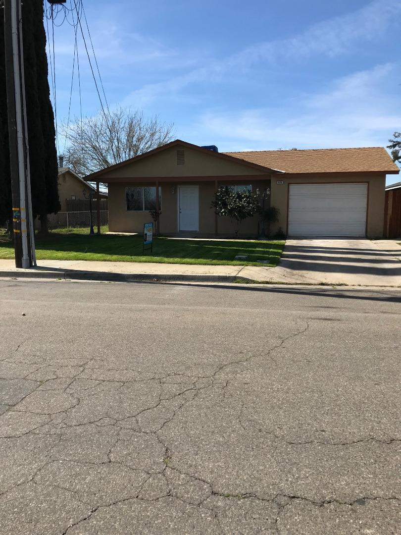 Single Family Home for Sale at 426 Fig Street 426 Fig Street Madera, California 93638 United States