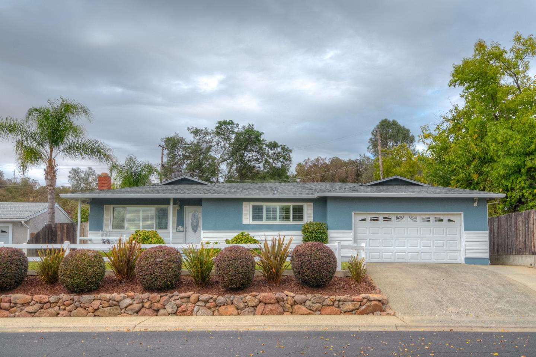 Частный односемейный дом для того Продажа на 41 Linda Drive 41 Linda Drive Oroville, Калифорния 95966 Соединенные Штаты