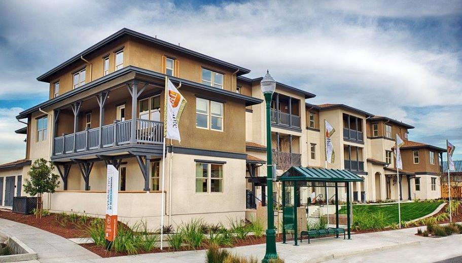 Condominio por un Venta en 491 Mitchell Avenue 491 Mitchell Avenue Alameda, California 94501 Estados Unidos