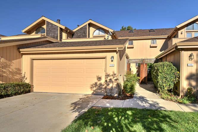 Stadthaus für Verkauf beim 2163 Darnis Circle 2163 Darnis Circle Morgan Hill, Kalifornien 95037 Vereinigte Staaten