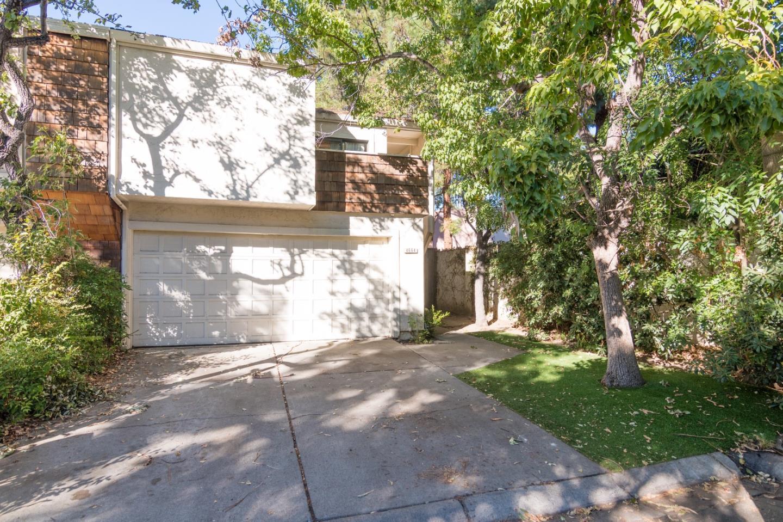 多棟聯建住宅 為 出售 在 4664 Corrida Circle 4664 Corrida Circle San Jose, 加利福尼亞州 95129 美國