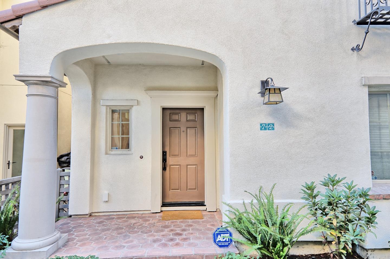 Частный односемейный дом для того Продажа на 72 Butero Lane 72 Butero Lane Milpitas, Калифорния 95035 Соединенные Штаты