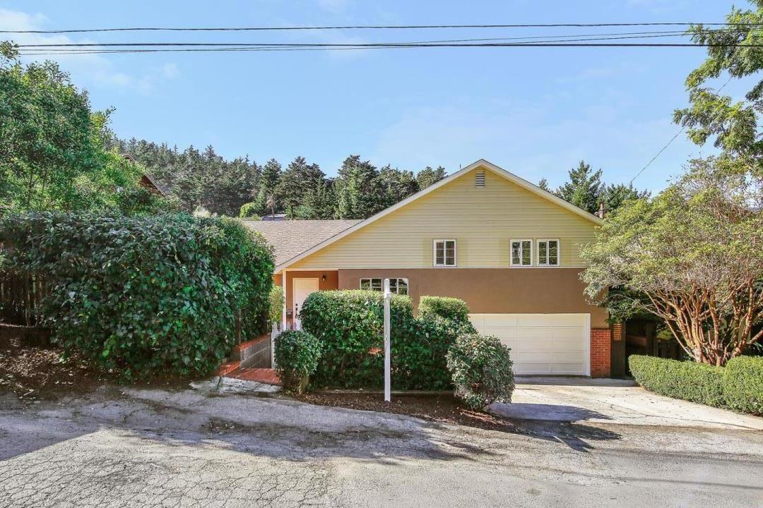 واحد منزل الأسرة للـ Sale في 280 Angelita Avenue 280 Angelita Avenue Pacifica, California 94044 United States
