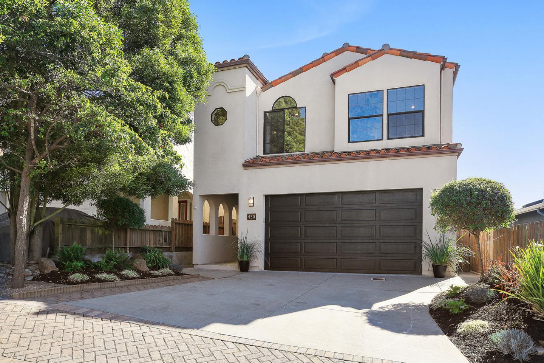 Maison unifamiliale pour l Vente à 430 B Street 430 B Street Colma, Californie 94014 États-Unis