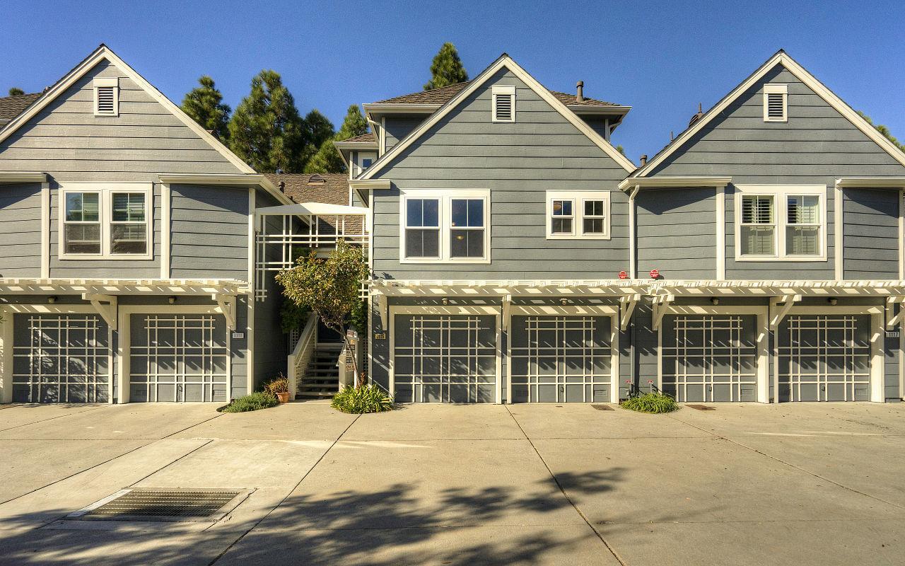 Maison accolée pour l Vente à 1115 Outrigger Lane 1115 Outrigger Lane Foster City, Californie 94404 États-Unis