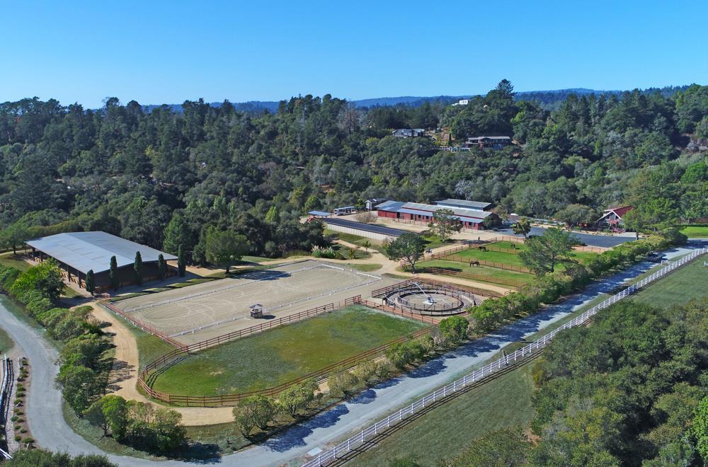 Einfamilienhaus für Verkauf beim 3300 Stable Lane 3300 Stable Lane Santa Cruz, Kalifornien 95065 Vereinigte Staaten