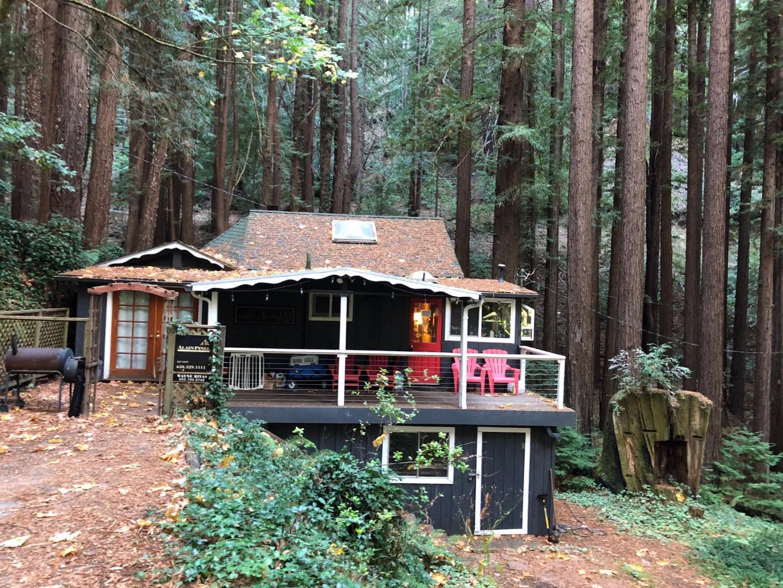Maison unifamiliale pour l Vente à 180 Loop Road 180 Loop Road La Honda, Californie 94020 États-Unis