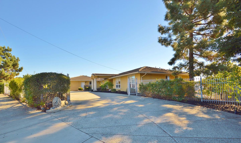Single Family Home for Sale at 5755 Jensen Road 5755 Jensen Road Castro Valley, California 94552 United States