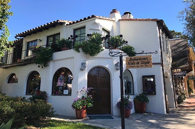 獨棟家庭住宅 為 出租 在 Ocean Avenue Ocean Avenue Carmel, 加利福尼亞州 93923 美國