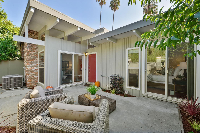 شقة بعمارة للـ Sale في 3905 Middlefield Road 3905 Middlefield Road Palo Alto, California 94303 United States