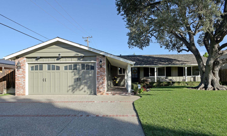 Maison unifamiliale pour l Vente à 311 Madrone Avenue 311 Madrone Avenue Santa Clara, Californie 95051 États-Unis