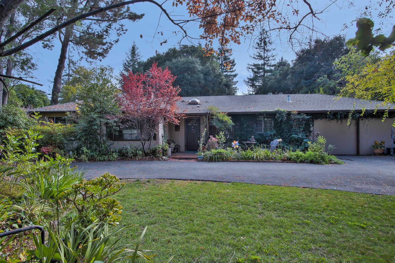 Single Family Home for Sale at 1210 Fremont Avenue 1210 Fremont Avenue Los Altos, California 94024 United States