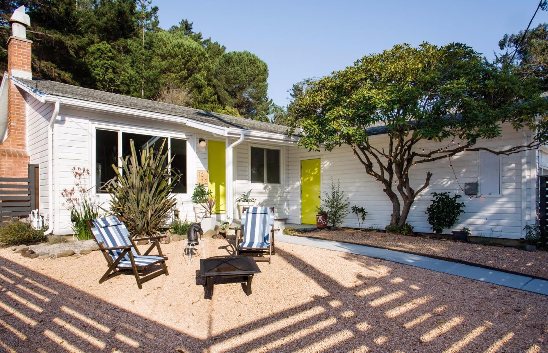 واحد منزل الأسرة للـ Sale في 1615 Linda Mar Boulevard 1615 Linda Mar Boulevard Pacifica, California 94044 United States