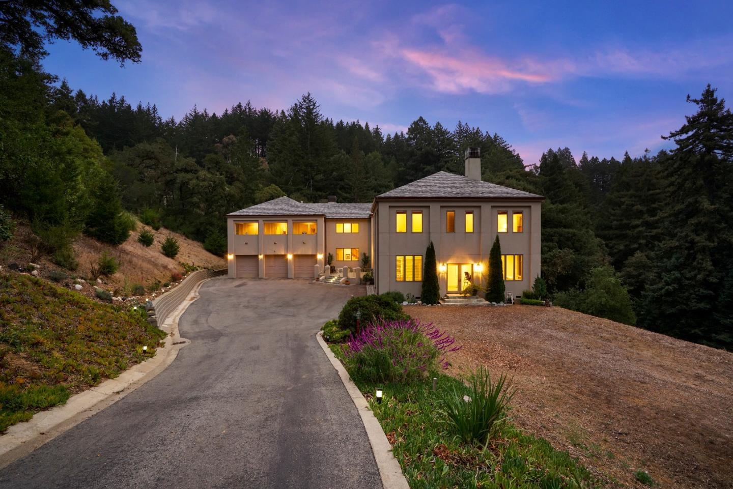 Single Family Home for Sale at 17900 Skyline Boulevard 17900 Skyline Boulevard Woodside, California 94062 United States