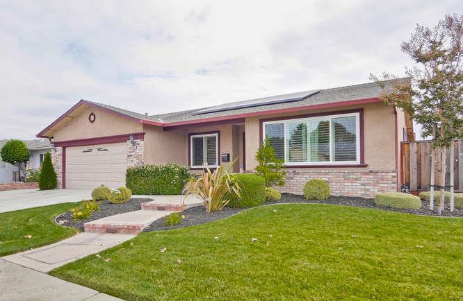 Частный односемейный дом для того Продажа на 2568 Nevada Street 2568 Nevada Street Union City, Калифорния 94587 Соединенные Штаты