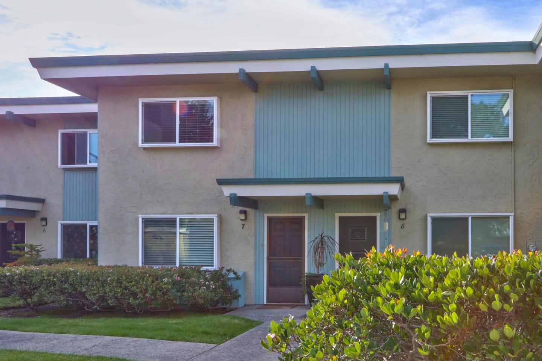 Eigentumswohnung für Verkauf beim 721 Rosedale Avenue 721 Rosedale Avenue Capitola, Kalifornien 95010 Vereinigte Staaten