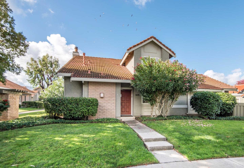 Таунхаус для того Продажа на 5695 Seifert Avenue 5695 Seifert Avenue San Jose, Калифорния 95118 Соединенные Штаты