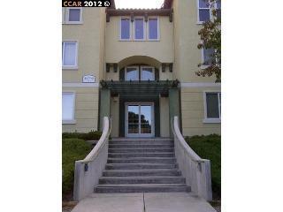 Кондоминиум для того Аренда на 38700 Tyson Lane 38700 Tyson Lane Fremont, Калифорния 94536 Соединенные Штаты