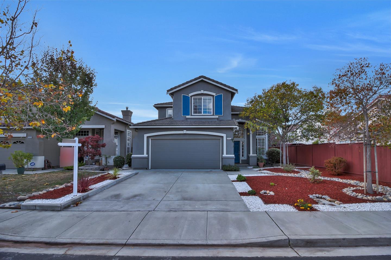 Частный односемейный дом для того Продажа на 32432 Pacific Grove Way 32432 Pacific Grove Way Union City, Калифорния 94587 Соединенные Штаты