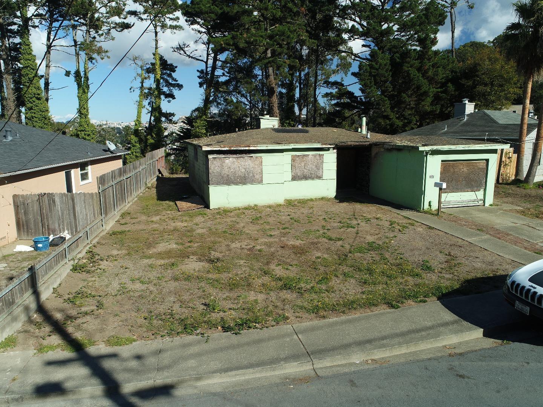 Maison unifamiliale pour l Vente à 620 Larchmont Drive 620 Larchmont Drive Daly City, Californie 94015 États-Unis