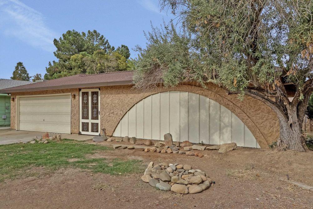 Casa Unifamiliar por un Venta en 653 Hansen Avenue 653 Hansen Avenue Merced, California 95340 Estados Unidos