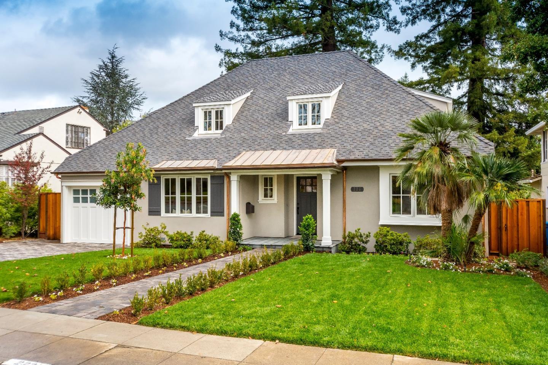 Maison unifamiliale pour l Vente à 223 Amherst Avenue 223 Amherst Avenue San Mateo, Californie 94402 États-Unis