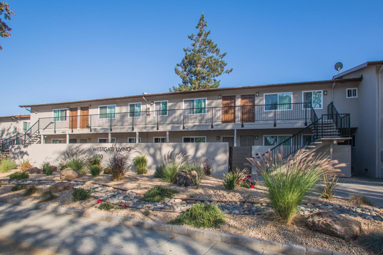 Casa Multifamiliar por un Venta en 4850 Hamilton Avenue 4850 Hamilton Avenue San Jose, California 95130 Estados Unidos