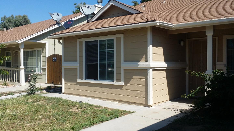 Maison unifamiliale pour l à louer à 2216 Laguna 2216 Laguna Los Banos, Californie 93635 États-Unis