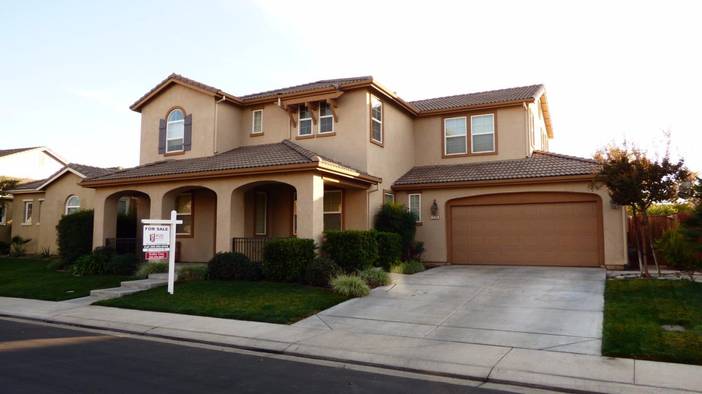 Частный односемейный дом для того Продажа на 1404 Horizon Lane 1404 Horizon Lane Patterson, Калифорния 95363 Соединенные Штаты