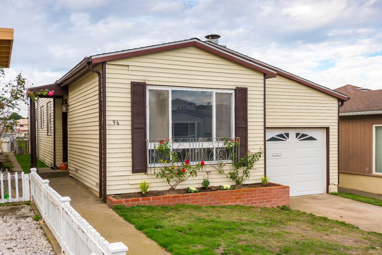 Maison unifamiliale pour l Vente à 96 Rockridge Avenue 96 Rockridge Avenue Daly City, Californie 94015 États-Unis