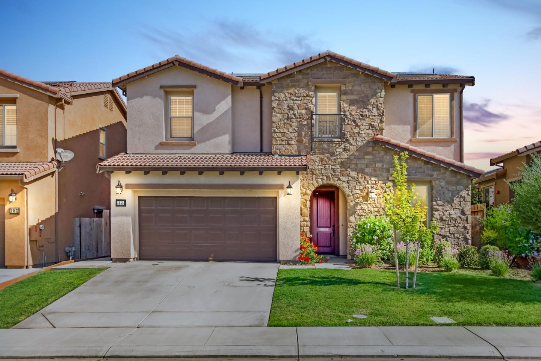 獨棟家庭住宅 為 出售 在 3955 Aplicella Court 3955 Aplicella Court Manteca, 加利福尼亞州 95337 美國